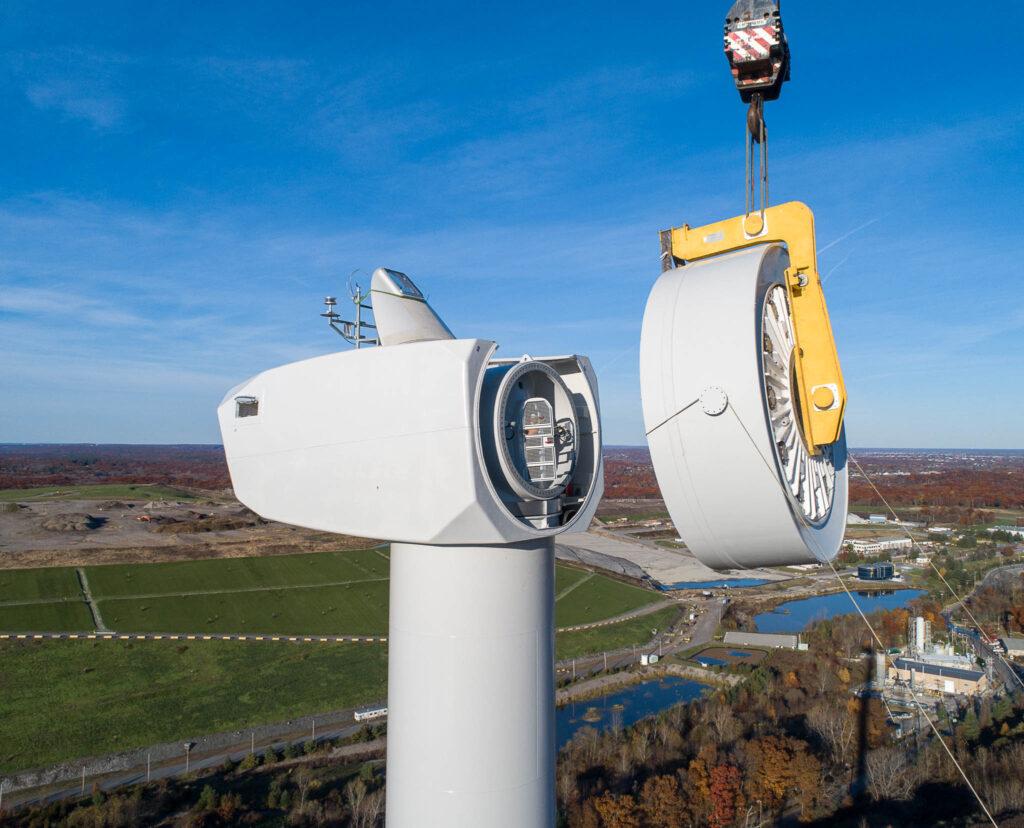 Aufbau eines Windparks, Rhode Island, USA